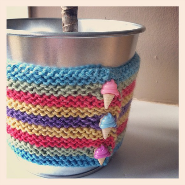 knitted-flower-pot